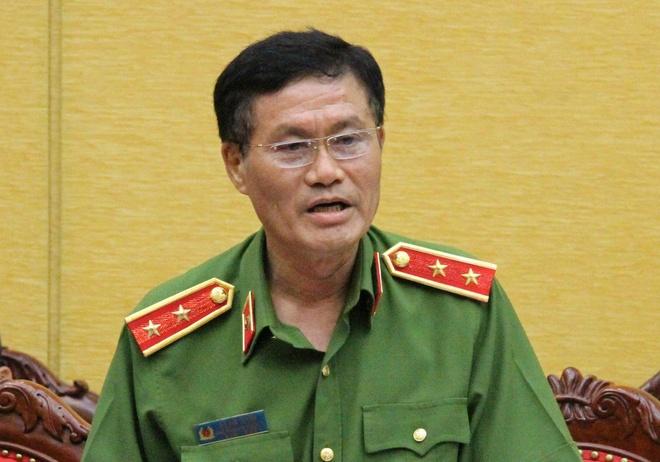 Bat bac si Hoang Cong Luong vi vi pham quy dinh kham chua benh hinh anh 1
