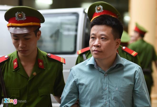 'Bong hong' tre nhat trong vu an Ha Van Tham tiep tuc khoc hinh anh 2
