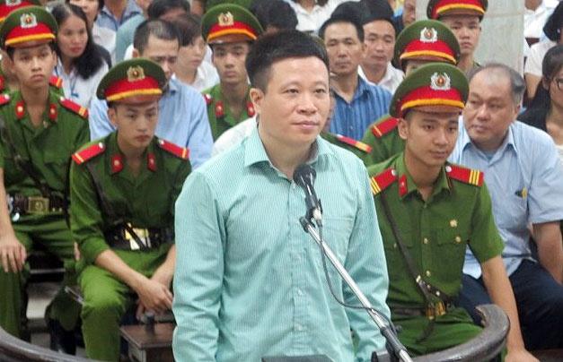 Ha Van Tham: 'Neu biet hinh su, bi cao ep dong nghiep cung khong lam' hinh anh