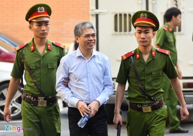 Luat su neu de nghi 'quyet dinh sinh mang' Nguyen Xuan Son hinh anh