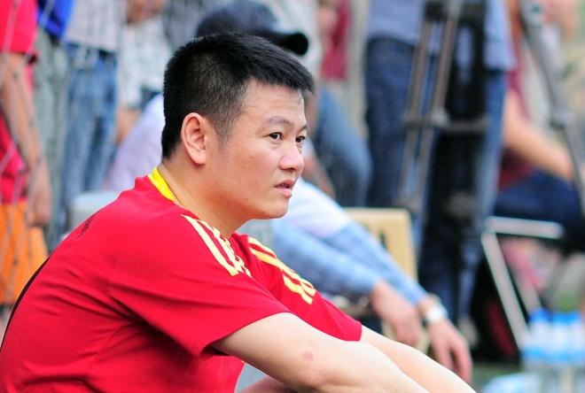 Van Quyen chan thuong vi thuc dem trong con gai hinh anh