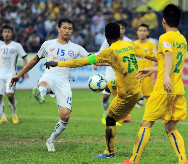 Vong 6 V.League: HLV Le Thuy Hai thang dam hoc tro Huynh Duc hinh anh 2