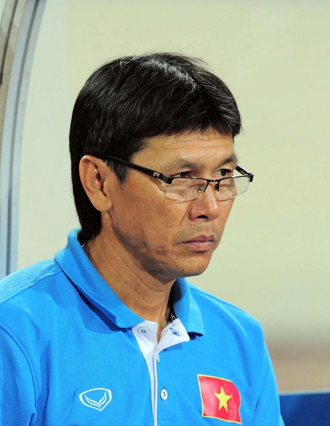 Tran Cong Minh va nhung lan rot nuoc mat tren san bong hinh anh 1