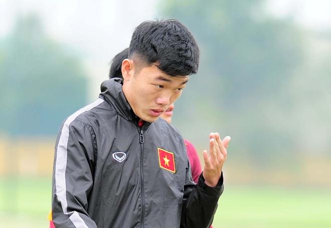 Xuan Truong 'nhat' vi qua giong cau thu Han Quoc hinh anh