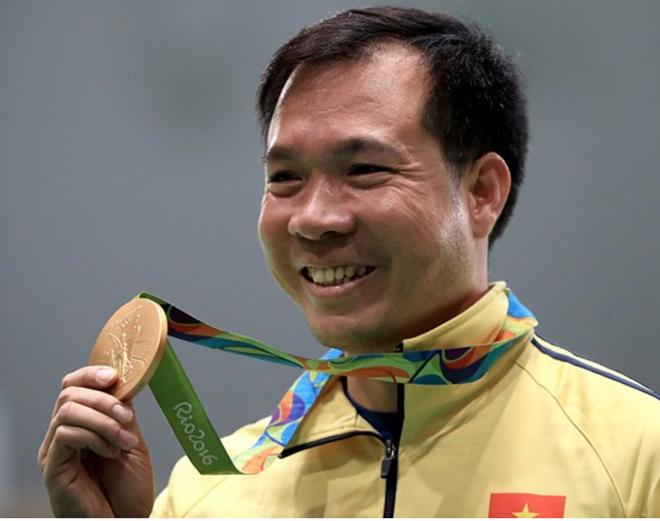 Hoang Xuan Vinh HCV Olympic anh 1