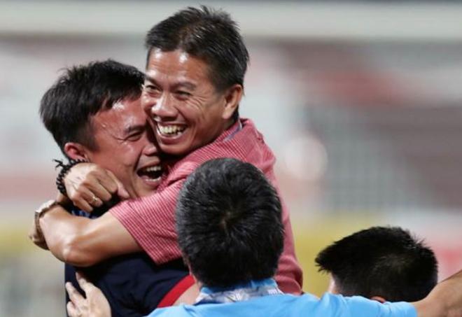 HLV Vu Quang Bao: U19 Viet Nam da tren chan Bahrain hinh anh
