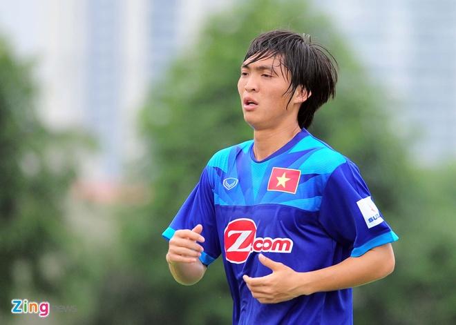 DT Viet Nam vs Avispa Fukuoka: Tap song thieu Tuan Anh hinh anh 1