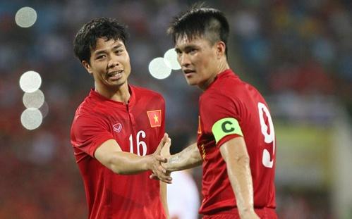 Indonesia vs Viet Nam: Cong Vinh hay Cong Phuong toa sang? hinh anh