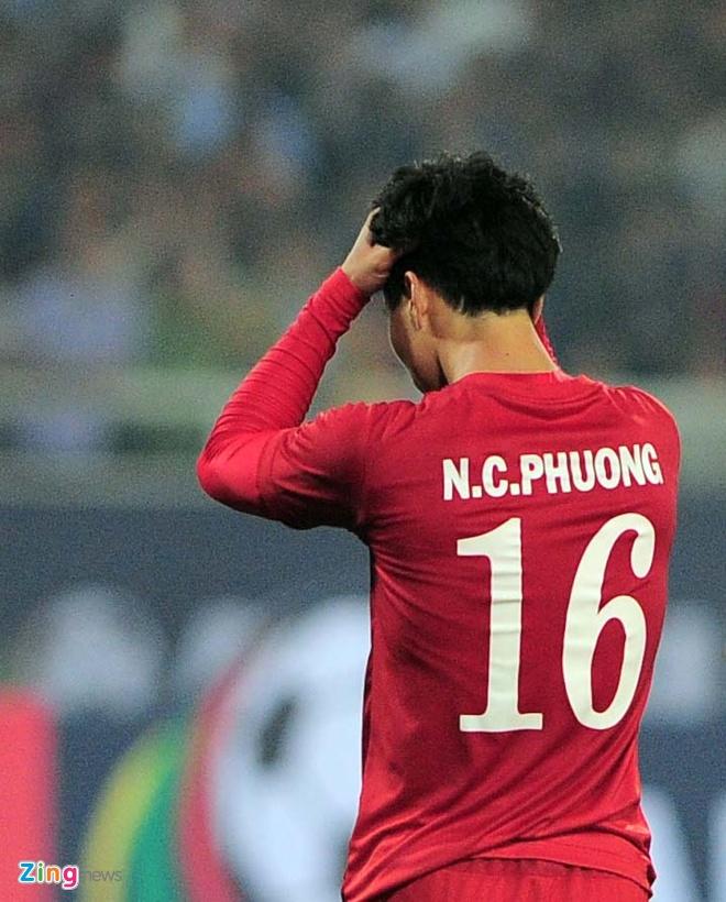 Tuyen thu Viet Nam bat nhip cham o V.League 2017 hinh anh 1