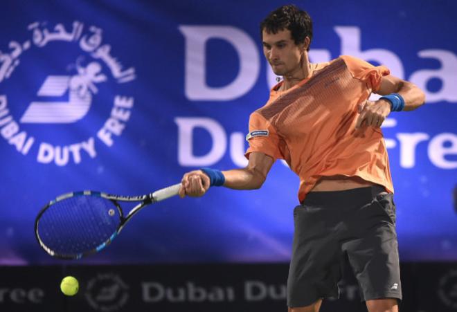 Federer thua dau don tay vot Nga hang 116 the gioi hinh anh 2