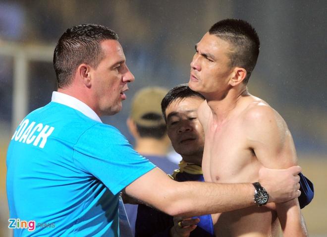 HLV Petrovic: 'Thanh Hoa phai dau voi 14 cau thu doi phuong' hinh anh 3