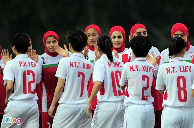 Ha Iran 6-1, tuyen nu Viet Nam co loi the lon truoc Myanmar hinh anh 1