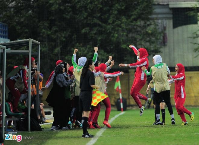 Ha Iran 6-1, tuyen nu Viet Nam co loi the lon truoc Myanmar hinh anh 4