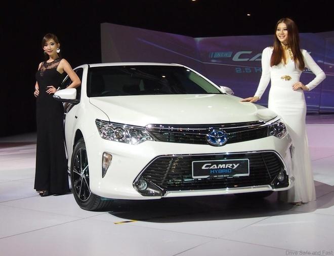 Toyota, Mazda tu tin vao thi truong Thai Lan hinh anh