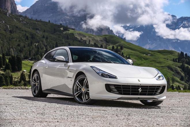 Ferrari truoc tinh the phai thay doi hinh anh