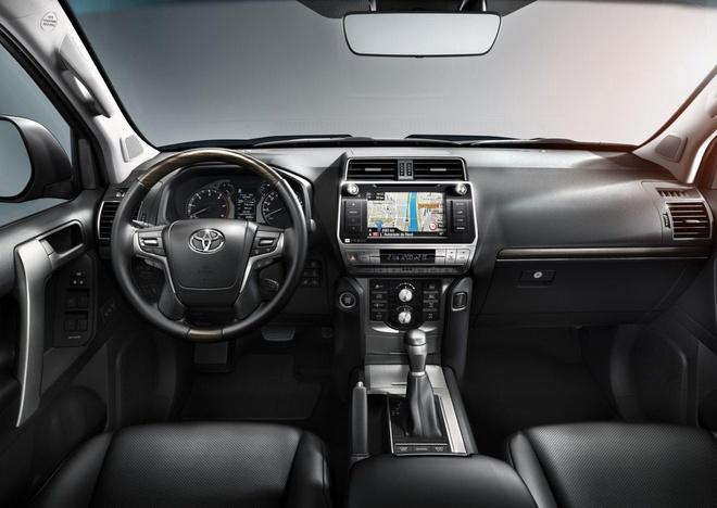Toyota Land Cruiser Prado 2018 trinh lang hinh anh 7