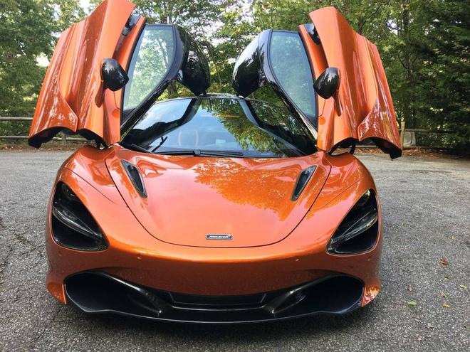 Rao ban sieu xe McLaren 720S gia 30 Bitcoin hinh anh