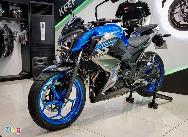 Kawasaki Z300 2018 gia tu 129 trieu, quyet dau Yamaha MT-03 hinh anh