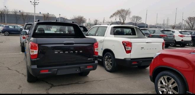 Ban tai Ssangyong Rexton Sports sap ra mat, doi dau Ford Ranger hinh anh 2