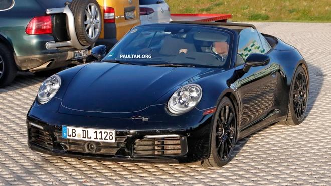 Porsche 911 Cabriolet the he moi xuat hien tren duong thu hinh anh