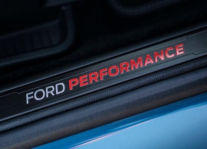 Ford Edge ST 2019 - crossover doi dau Hyundai SantaFe Sport hinh anh 8