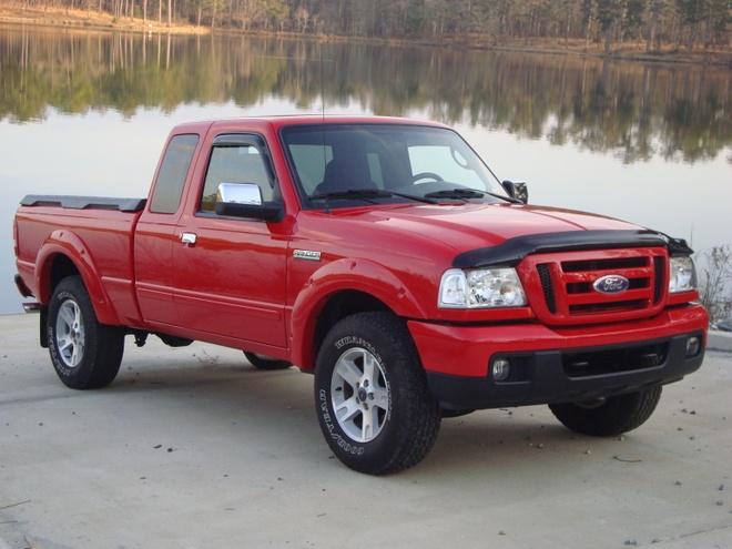 Ford keu goi ngung su dung Ranger doi 2006 hinh anh 1