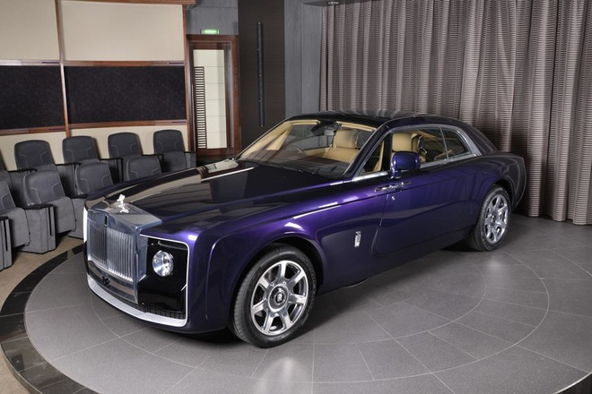 Rolls-Royce Sweptail 12,8 trieu USD xuat hien tai dai ly hinh anh 1