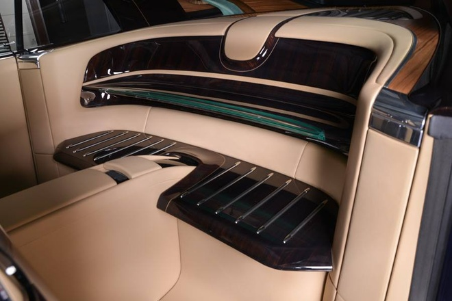Rolls-Royce Sweptail 12,8 trieu USD xuat hien tai dai ly hinh anh 8