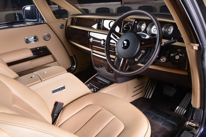 Rolls-Royce Sweptail 12,8 trieu USD xuat hien tai dai ly hinh anh 9
