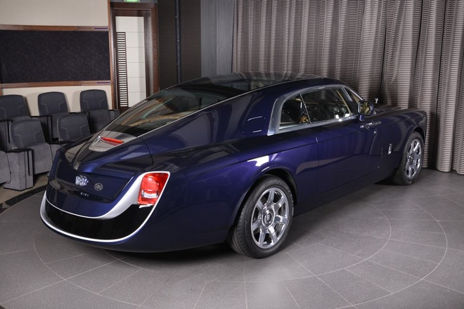 Rolls-Royce Sweptail 12,8 trieu USD xuat hien tai dai ly hinh anh 5