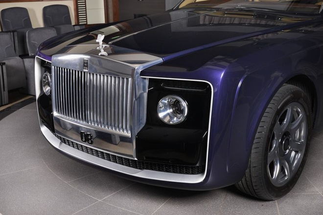 Rolls-Royce Sweptail 12,8 trieu USD xuat hien tai dai ly hinh anh 3