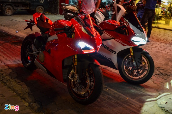 Ducati Panigale V4S dau tien ve Viet Nam, gia khoang 1,6 ty dong hinh anh 8