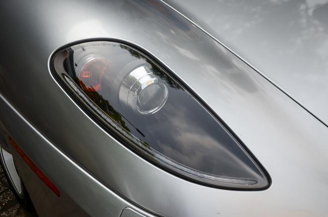 Ferrari F430 Spider - sieu xe dinh dam mot thoi xuat hien tren pho hinh anh 2