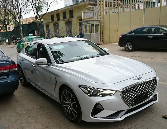 Genesis G70: Doi thu Mercedes C-Class xuat hien tai Viet Nam hinh anh