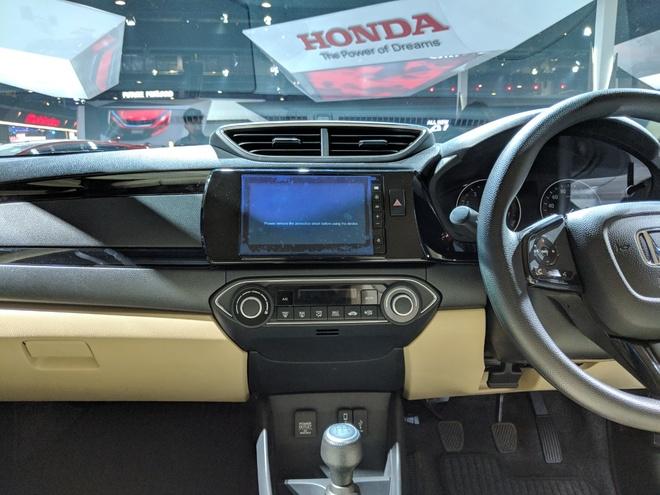Honda Amaze - doi thu Hyundai Grand i10 sedan hinh anh 8