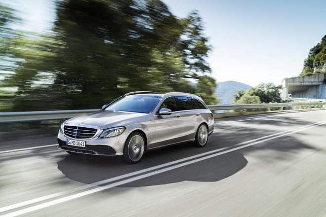 Mercedes-Benz trinh lang C-Class 2019 - ap luc len BMW 3-Series hinh anh 7