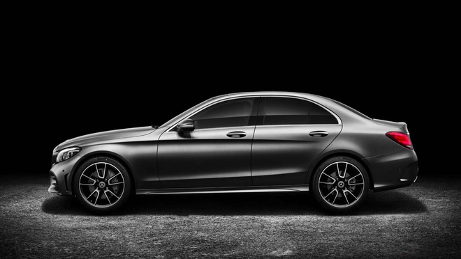 Mercedes-Benz trinh lang C-Class 2019 - ap luc len BMW 3-Series hinh anh 2