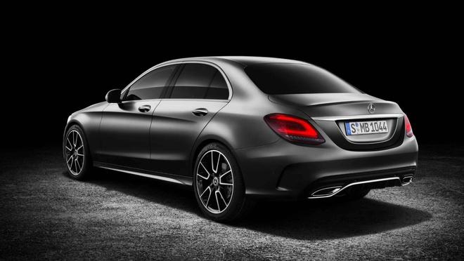 Mercedes-Benz trinh lang C-Class 2019 - ap luc len BMW 3-Series hinh anh 3
