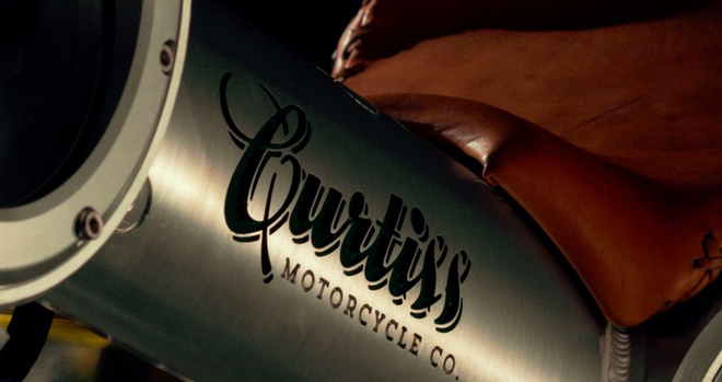 Moto Curtiss Warhawk anh 2