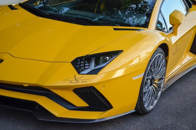 Bo doi Lamborghini Aventador gap mat dau nam moi tai Sai Gon hinh anh 2
