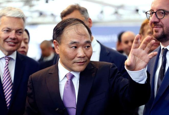 Ty phu Trung Quoc thau tom 9 ty USD co phan trong Daimler hinh anh 2