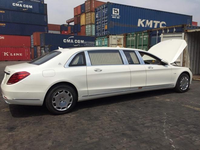Mercedes-Maybach S600 Pullman - sedan cua gioi sieu giau ve Viet Nam hinh anh