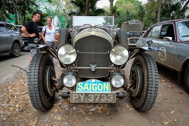 Chiec Bentley SuperSports gan 100 tuoi den Viet Nam hinh anh