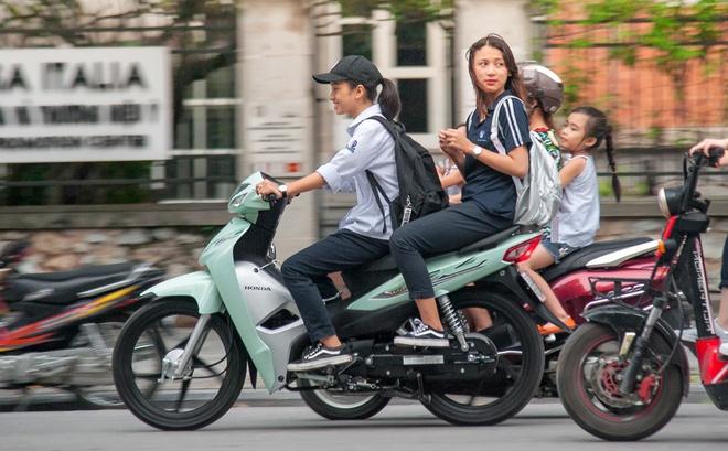 Mua xe may o VN: 74% nguoi chon Honda, 19% chon Yamaha hinh anh