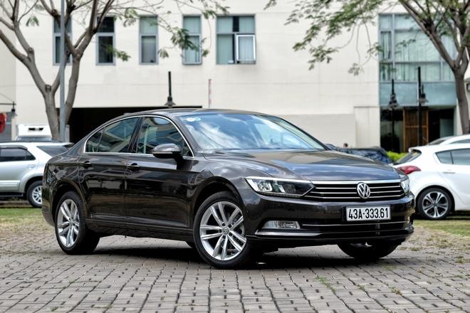 Danh gia Volkswagen Passat Bluemotion: Hop voi khach trung tuoi hinh anh