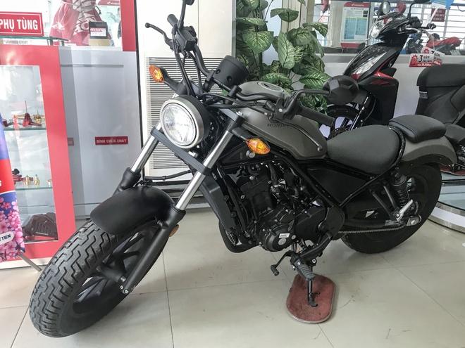 Honda Rebel 300 khan hang, dai ly 'het' gia 140 trieu dong hinh anh