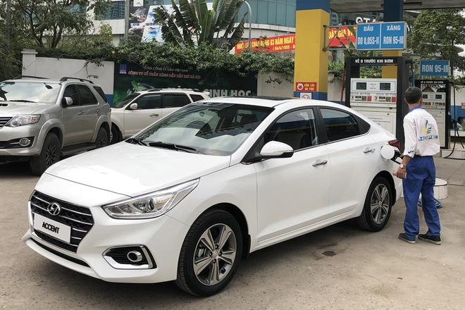 Hyundai Accent 2018 xuat hien tren duong pho Ha Noi hinh anh