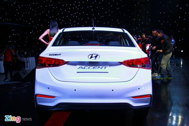 Hyundai Accent 2018 ra mat voi gia tu 425 trieu dong hinh anh 2