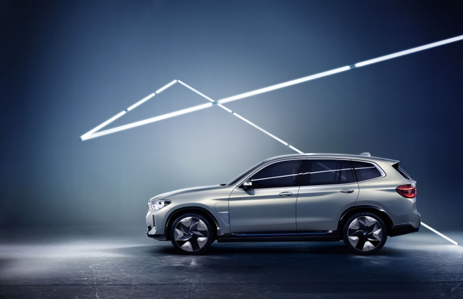 BMW Concept iX3 - SUV chay dien san xuat tai Trung Quoc hinh anh 5