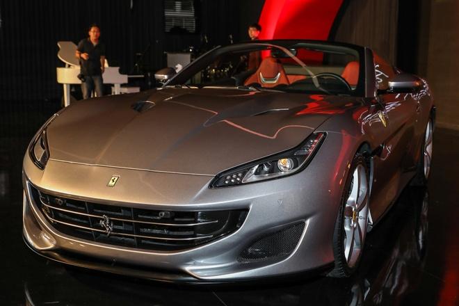 Sieu xe Ferrari Portofino ra mat Dong Nam A, gia 240.000 USD hinh anh